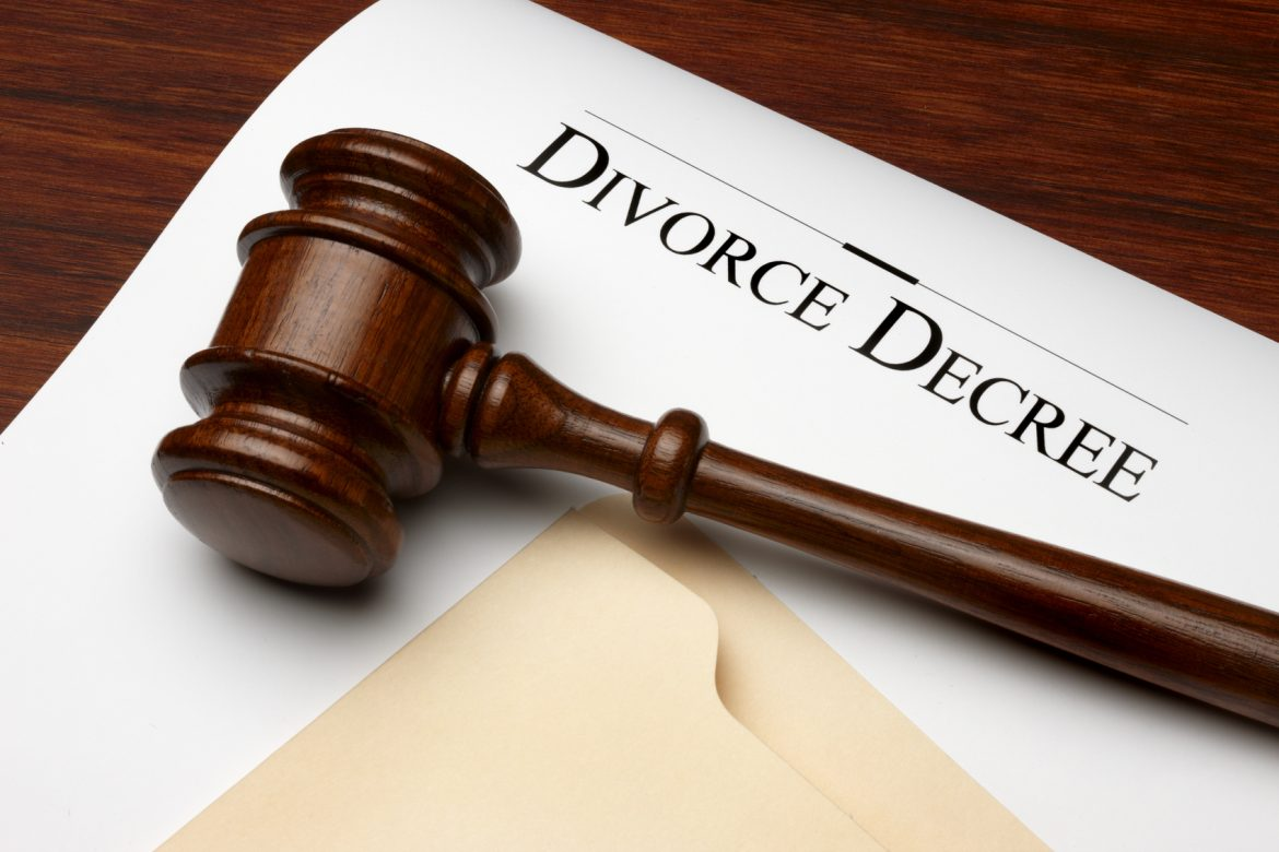 Columbus divorce lawyer explains dissolution of marriage and divorce.